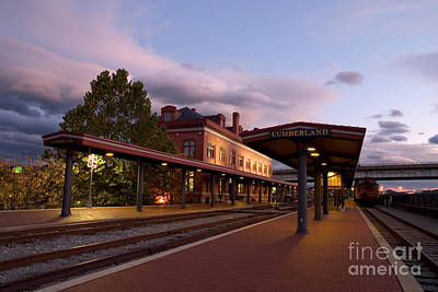 Photograph - Train Station by Jeannette Hunt