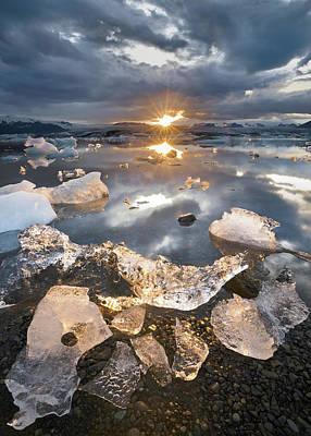 Ice Crystal Photograph - Transmission by Karsten Wrobel