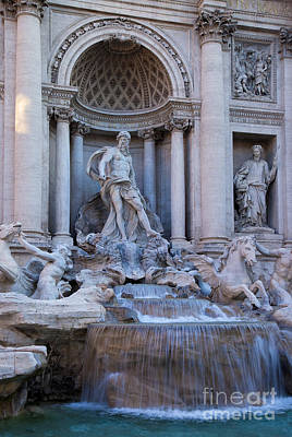Photograph - Trevi by Brian Jannsen