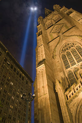9 11 01 Photograph - Tribute In Lights No. 4 by Kevin Bain