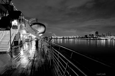Photograph - Tribute To Queen Mary by Heidi Smith