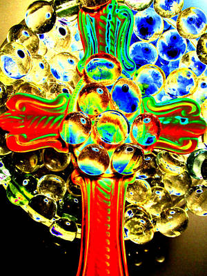 Abstracto Mixed Media - Trinity Cross by Sun Browser