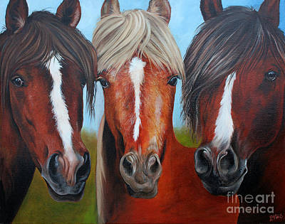 Painting - Trio by Debbie Hart
