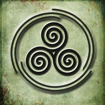 Painting - Triple Spiral Black And Green Celtic Art by Kandy Hurley