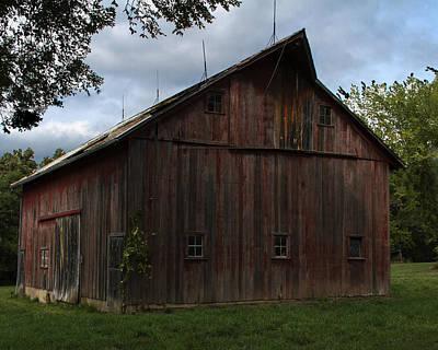 Barnstormer Photograph - Tripp Barn by Guy Shultz