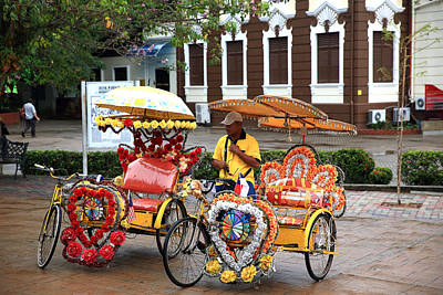 Photograph - Trishaws Melaka by Tony Brown