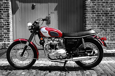Triumph Bonneville Photograph - Triumph Bonneville T120/rt by Mark Rogan