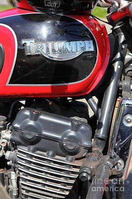 Photograph - Triumph Motorcycle 5d28103 by Wingsdomain Art and Photography