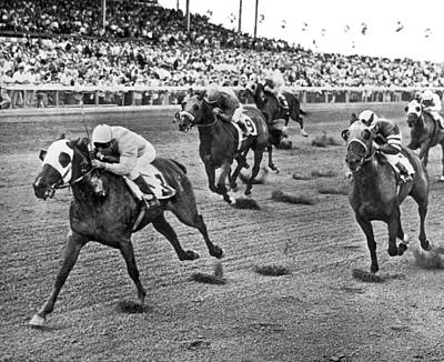 Domestic Animals Photograph - Tropical Park Horse Race by Underwood Archives