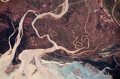 Flood Wall Art - Photograph - Tsiribihna River by Nasa