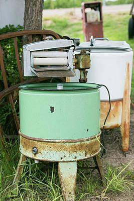 Vintage Washing Machine Photograph - Tucumcari, New Mexico, Usa by Julien Mcroberts