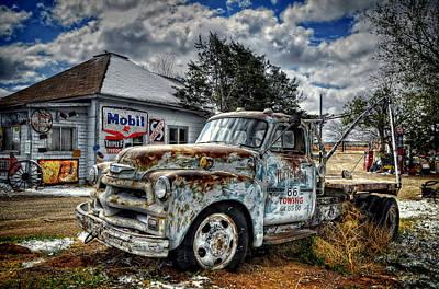 Photograph - Tucumcari Towing by Ken Smith