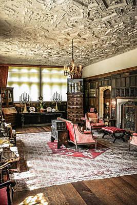 Tudor House  Original by Chris Smith