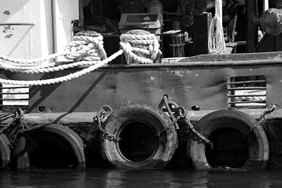 Photograph - Tug 2 Black And White by Mary Bedy