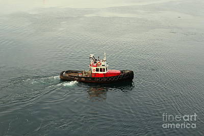 Photograph - Tug #20 by Gina Gahagan