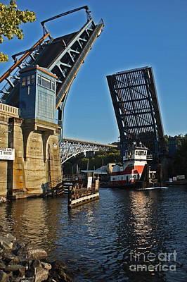 Tugboat And Fremont Bridge Art Print