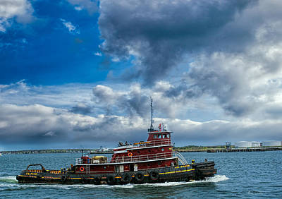 Photograph - Tugboat Iona Mcalister by Bob Orsillo