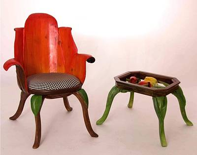 Sculpture - Tulip Chair And Table by Hans Droog