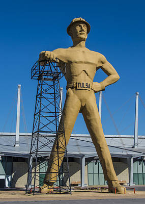 Tulsa Golden Driller Full Original