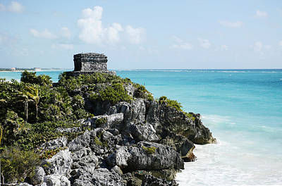 Photograph - Tulum And Beach 1 by Marilyn Hunt