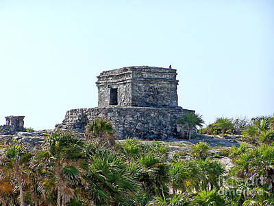 Photograph - Tulum Ruins Of Mexico - 2 by Tom Doud