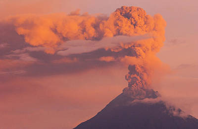 Andes Wall Art - Photograph - Tungurahua Active Volcano (5016m by Pete Oxford