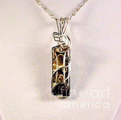 Argentium Jewelry - Turitella Natural Stone Pendant In Sterling by Holly Chapman