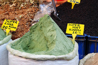 Photograph - Turkey Istanbul Spice Market by Eva Kaufman