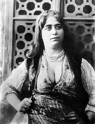Turkish Harem Woman Art Print