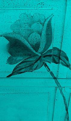 Turquoise Wood Flower Art Print by Rob Hans