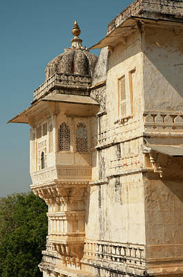 Turret At The City Palace, Udaipur Art Print by Inger Hogstrom