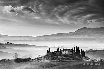 Podere Belvedere 1 Art Print by Rod McLean