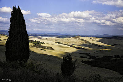 Photograph - Tuscan Landscape by Fran Gallogly