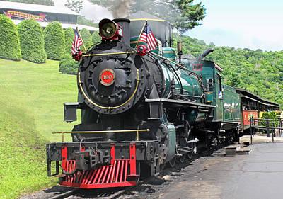 Blowing Rock Nc Photograph - Tweetsie Railroad Train by Ann Hernandez