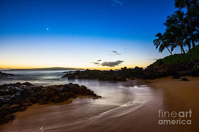Twilight Beach - Beautiful And Secluded Secret Beach In Maui. Art Print