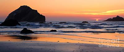 Photograph - Twilight Coast by Bill Singleton
