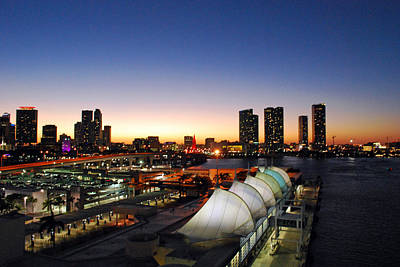Photograph - Twilight Over Miami by Gary Wonning