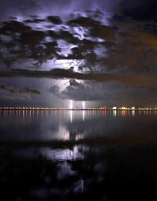 Heat Lightning Photograph - Twin Strikes by David Lee Thompson