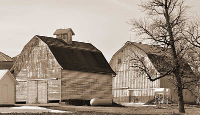 Digital Art - Two Iowa Barns by Kirt Tisdale