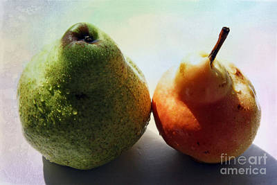 Two Pears Original by Lali Kacharava