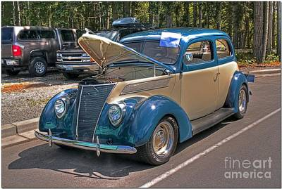 Photograph - Two Toned Classic by Chris Anderson