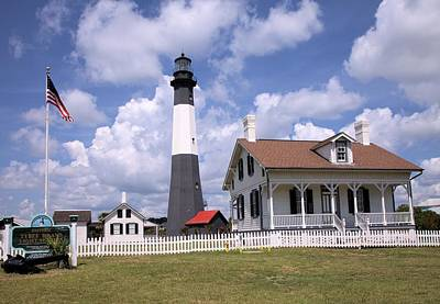 Photograph - Tybee Island Light by Gordon Elwell