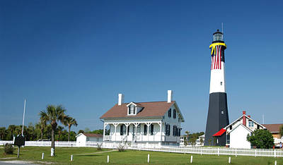 Photograph - Tybee Island Lighthouse Georgia by Bob Pardue