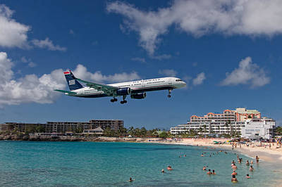 U S Airways Low Approach To St. Maarten Art Print by David Gleeson