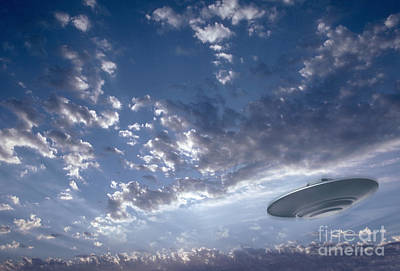 Photograph - Ufo In The Sky by Mike Agliolo