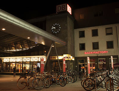 Photograph - Ulm Hauptbahnhof by Miguel Winterpacht