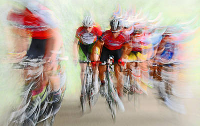 Blur Photograph - Ultimo Giro # 2 by Lou Urlings