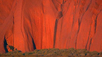 Art Print featuring the photograph Uluru 2 by Evelyn Tambour