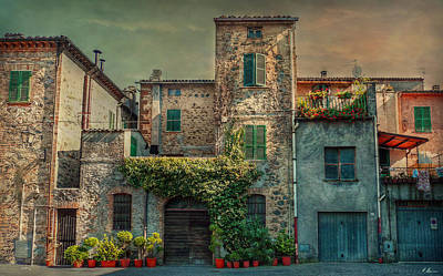 Photograph - Umbrian Terrace by Hanny Heim