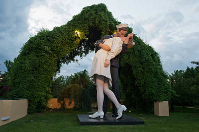 Photograph - Unconditional Surrender by Keith Swango